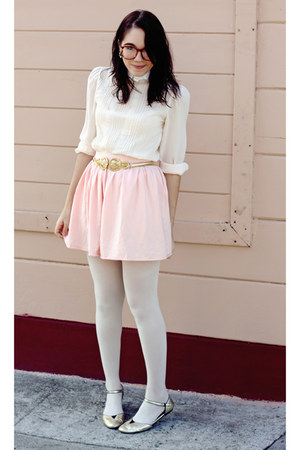 gold shoes - light pink lace vintage blouse - gold vintage belt