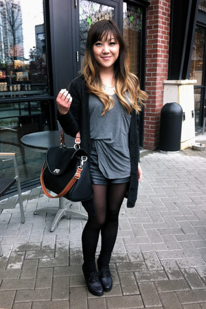 black satchel Yesstyle bag - black faux leather Forever21 shorts - black Forever
