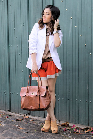 ivory blazer - brown bag - tawny shorts