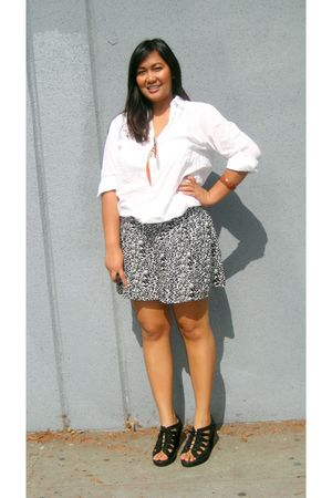 white H&M top - black ecote shorts - black deena and ozzy - orange Forever 21