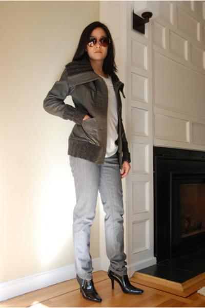 Mackage jacket - BCBG shirt - Adriano Goldschmied the Stilt jeans - Tahari shoes
