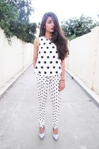 scoop neck irenes story top - polka dot harem Forever 21 pants