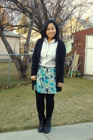 silver joe fresh style top - black Old Navy sweater - green Kismet skirt - black