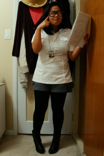 Divi top - Divi shorts - Divi necklace - Vero Moda tights - Sirens boots - glass