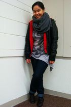 black Suzy Shier jacket - red American Eagle jacket - gray Divi top - blue Forev