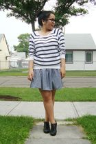 white TNA sweater - gray American Apparel skirt - black Aldo shoes - black glass