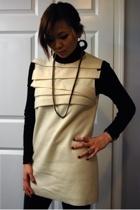 dress - f21 leggings - necklace - Zara shoes