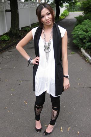 Zara dress - giordano vest - H&M leggings - Sigerson Morrison shoes - Barneys Ne