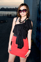 black BCBG sunglasses - black blouse - black necklace - black vivienne westwood