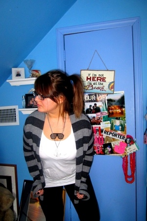 American Eagle sweater - Express shirt - BANK clothing necklace - boots