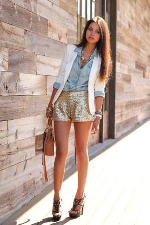 necklace - coat - shirt - purse - shorts - bracelet