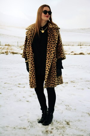 cheetah print vintage from Ebay coat - Zara boots - Vila blouse