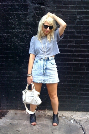American Apparel t-shirt - vintage shorts - balenciaga purse - DV by dolce vita