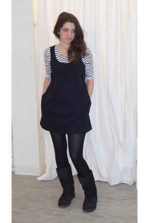 tall black uggs Uggs boots - black HUE tights - Michael Kors jumper - striped te