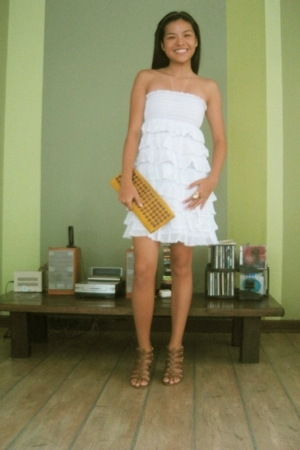 Tiered summer dress Zara - Orange suede clutch Villareal bags - Cocktail ring my