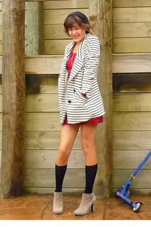 Nine West boots - Jay Jays sweater - lippy blazer