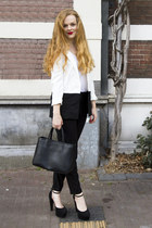 black h&m divided blazer - black Furla bag - black H&M pants - white vintage top