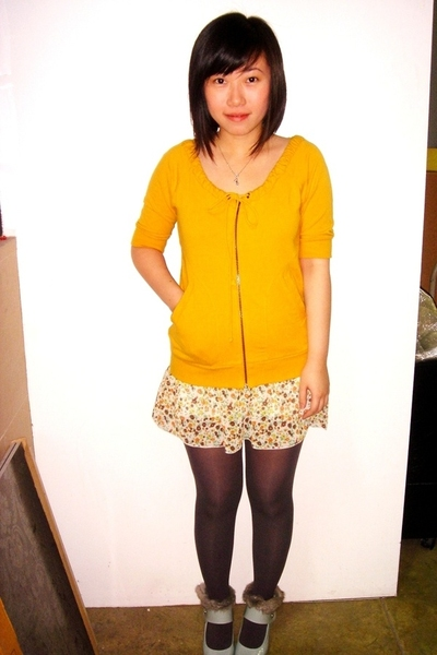 Mango top - Giordano taiwan skirt - bought online tights - Ebay shoes