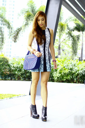 blue H&amp;M dress