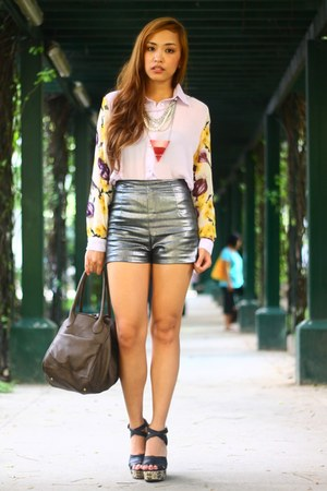 charcoal gray Style Staple shorts