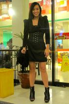 black Zara dress - black Glitterati belt - black shoes - black Trunk Show purse