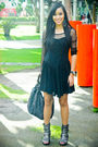 Black-thrifted-dress-gray-shoes-gray-random-from-the-us-purse-black-aldo-a