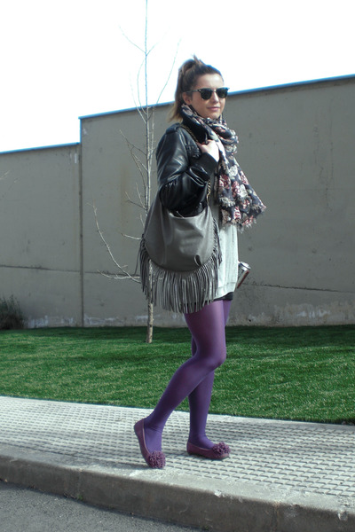 purple Calzedonia tights - black leather BLANCO jacket - H&M scarf
