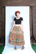 Little Raisin Vintage skirt
