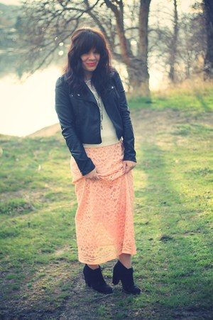seude Forever 21 boots - leather Suzy Shier jacket - lace thrifted skirt - lace-