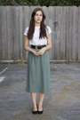White-cut-out-op-shop-t-shirt-teal-button-front-op-shop-skirt