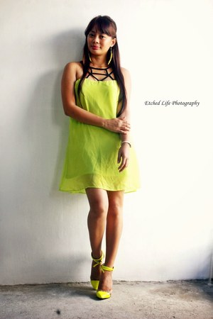 yellow OASAP dress - yellow Lovelyshoes heels
