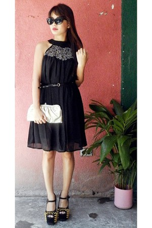 black Eyeboxs dress