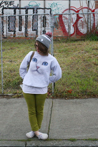 heather gray cat face Skip N Whistle jumper