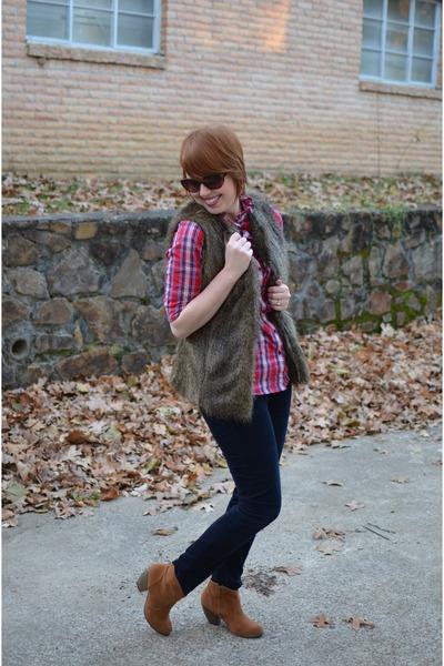 fur vest The Limited vest - suede Shoedazzle boots - Gap shirt