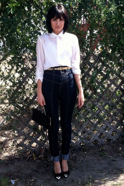 black wallet - high waisted jeans - white buttonup blouse - gold metal belt
