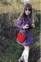 heart shaped bag - saddle shoes - 60s vintage dress - knee socks socks