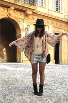 moony mood boots - Primark cape - Primark t-shirt