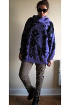 deep purple vintage sweater - black balenciaga-ish boots