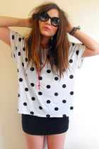 white H&M t-shirt - red knotted rosary Ebay accessories - H&M skirt