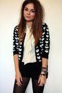 Black-primark-cardigan-beige-vintage-shirt-black-h-m-shorts