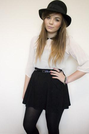 black felt H&M hat - ivory new look shirt - black highwaist Zara skirt