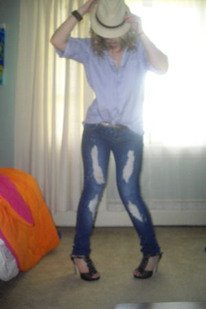 gray Steve Madden shoes - blue Sirens jeans - blue vintage shirt - brown garage
