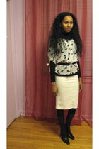 Suzy Shier sweater - Ardene tights - Suzy Shier skirt - Urban Outfitters blouse
