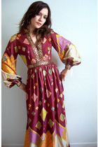 Paganne-Inspired 70's Bohemian Beauty Dress