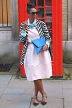 black Zara coat - blue asoscom bag - black round vintage sunglasses