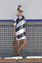 dark brown Massimo Dutti bag - black striped nikita dress