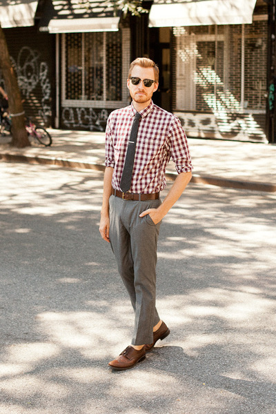 Topman pants - Alfani shoes - Lands End Canvas shirt - Ray Ban sunglasses