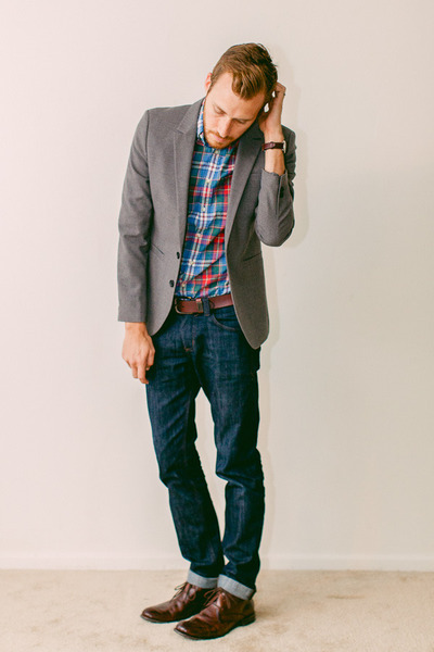 J Crew shirt - Steve Madden boots - Doctrine Denim jeans - H&amp;M blazer