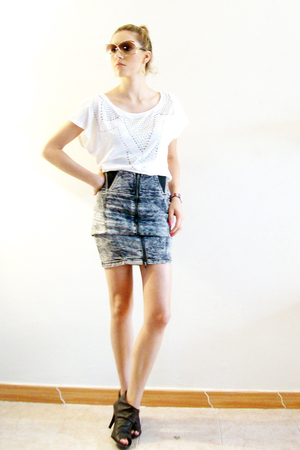 white Pull and Bear blouse - gray Zara skirt - brown Very vintage - gold christi