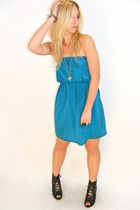 Blue-vintage-dress-black-aldo-shoes